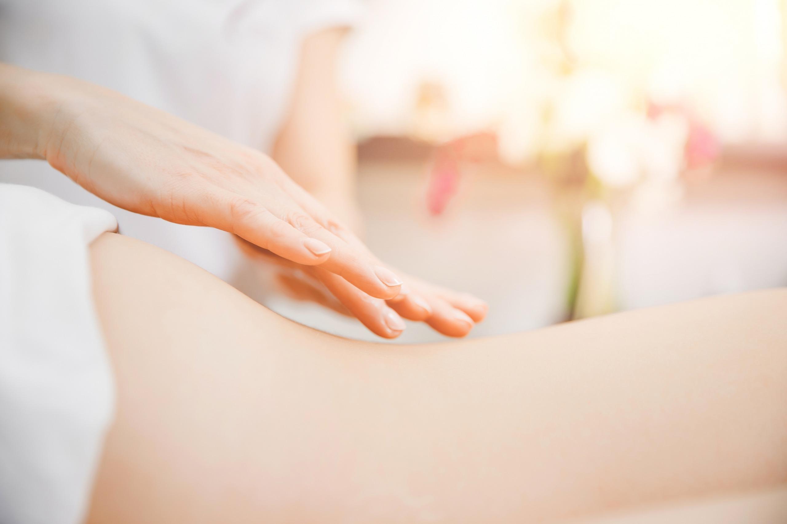 Nourish Body & Beauty Heartworks Lomi Lomi Online Massage Course